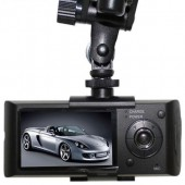 Camera Auto DVR R300 cu Monitor LCD